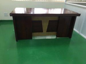 bàn giám đốc ET1600F LGU