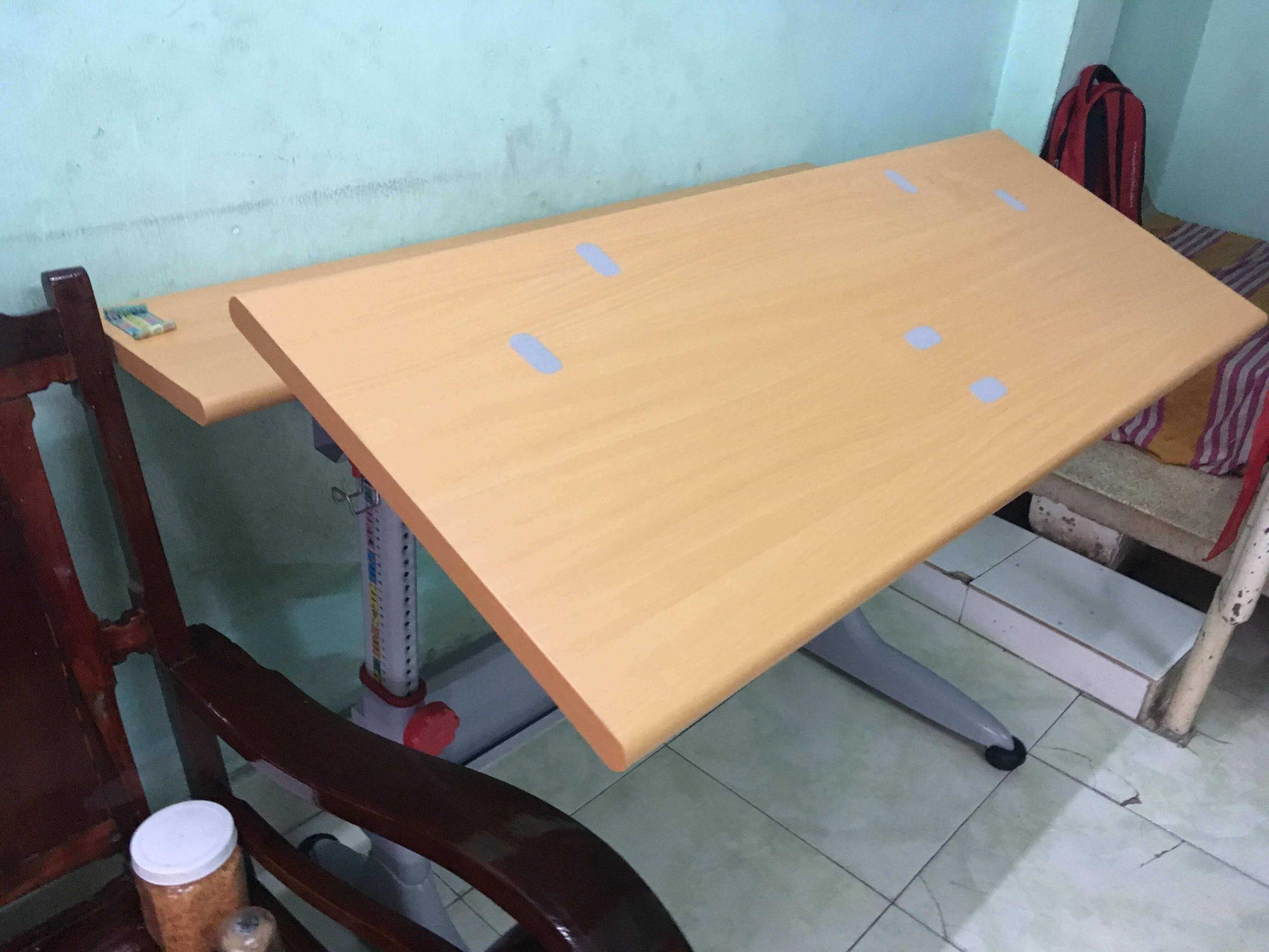bàn học sinh đẹp giá rẻ tại hcm