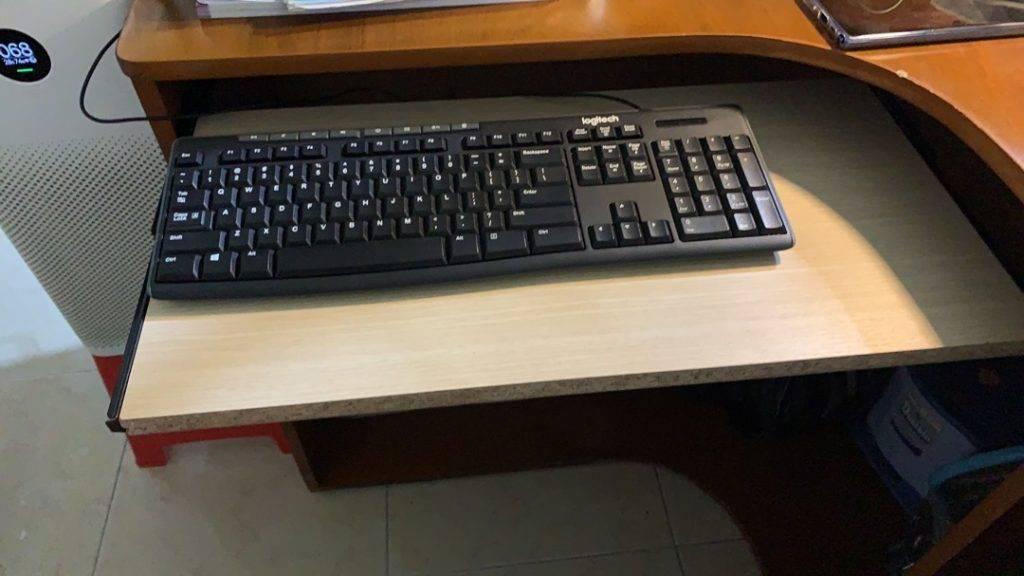 Khay để bàn phím máy tính giá rẻ